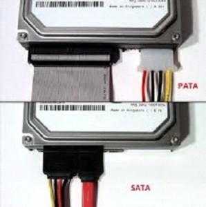 Conector de energia PATA e SATA